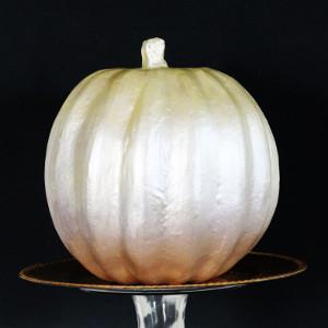 Gilded-Ombre-Fall-Wedding-Pumpkin