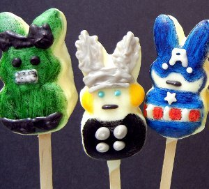 Superhero-Peep-Pops_Medium_ID-525437