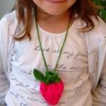 Sweet-Strawberry-Pouch_Medium_ID-643661