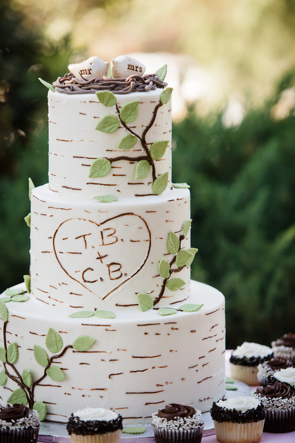 Rustic Wedding Cake Idea